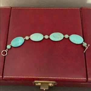A beautiful turquoise bracelet